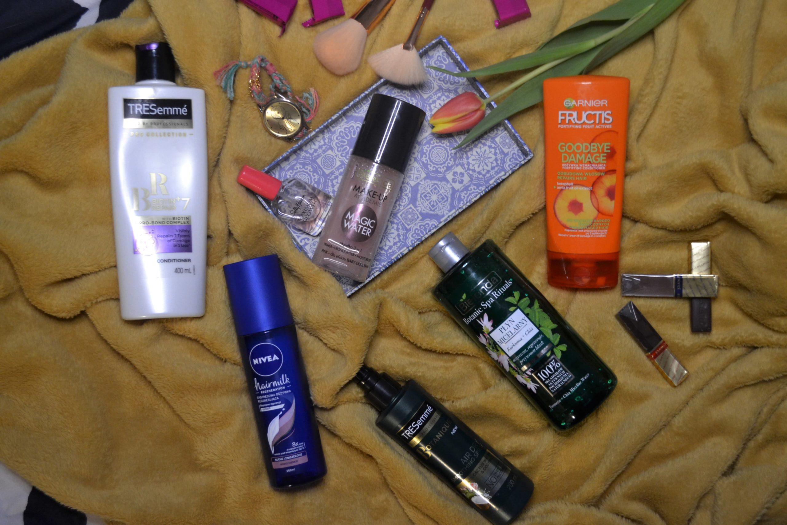 kosmetyki drogeryjne do włosów